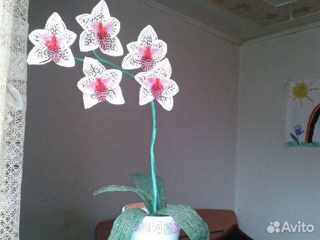 Продам орхидею из бисера.Прекрасный подарок для ценителей ручной работы.высота изделия без горшочка-35см.с...