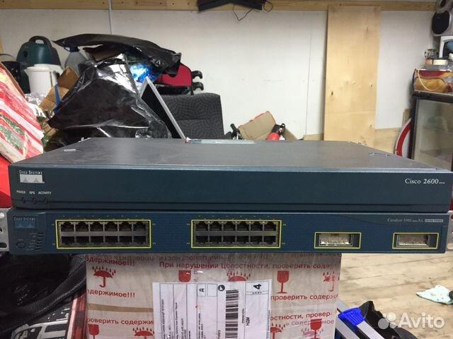 Модульный маршрутизатор Cisco 2600