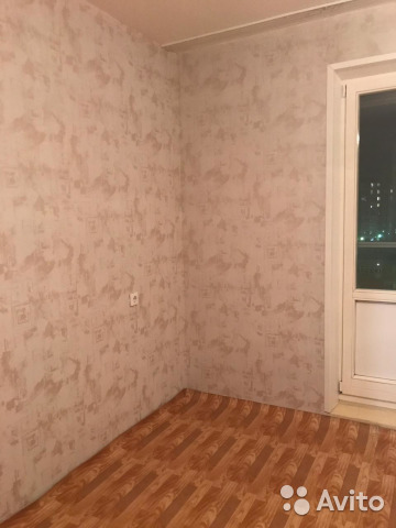 Продается двухкомнатная квартира за 3 560 000 рублей. Красноярск, Ястынская улица, 13, подъезд 3.