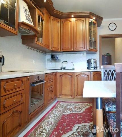 Продается трехкомнатная квартира за 10 000 000 рублей. Академическая площадь, 4.