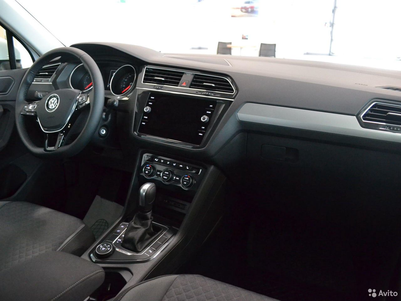 Volkswagen Tiguan, 2020 89873219318 купить 6