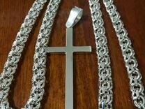 Серебряная цепь и крест