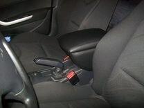 Подлокотник Peugeot 308