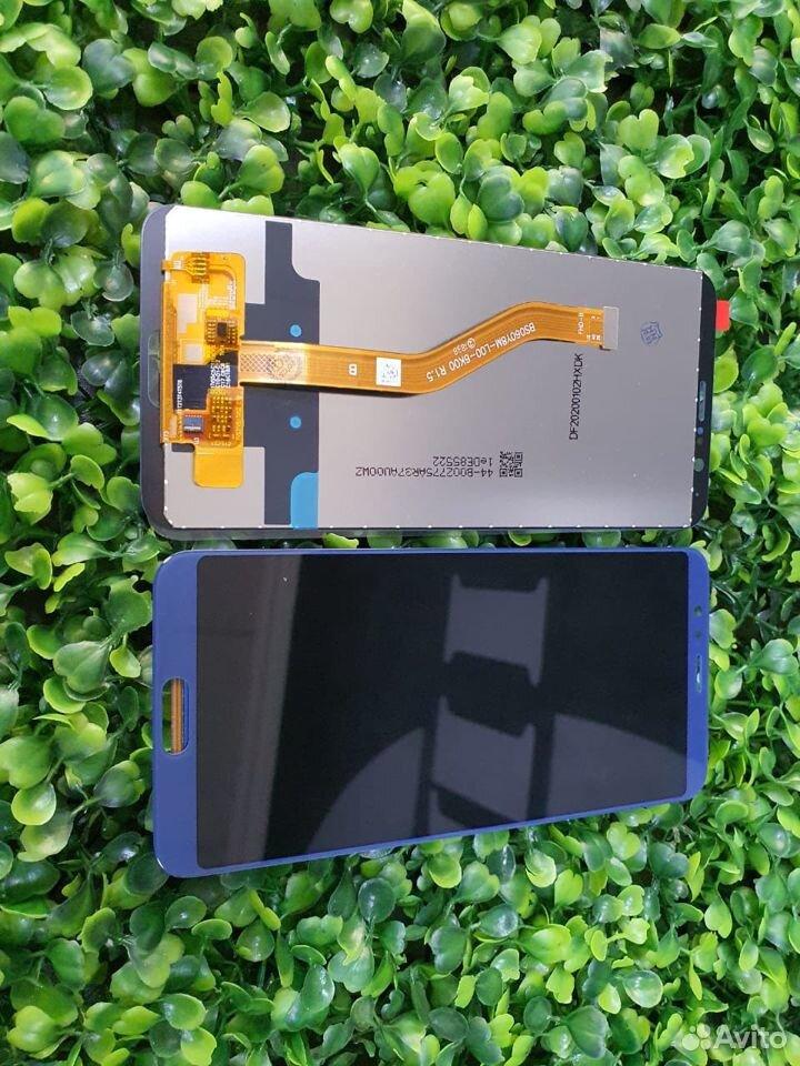 Дисплей Huawei View 10