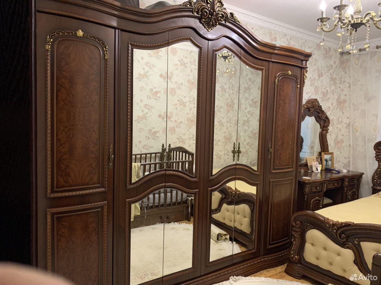 Спальный гарнитур  89634286399 купить 2