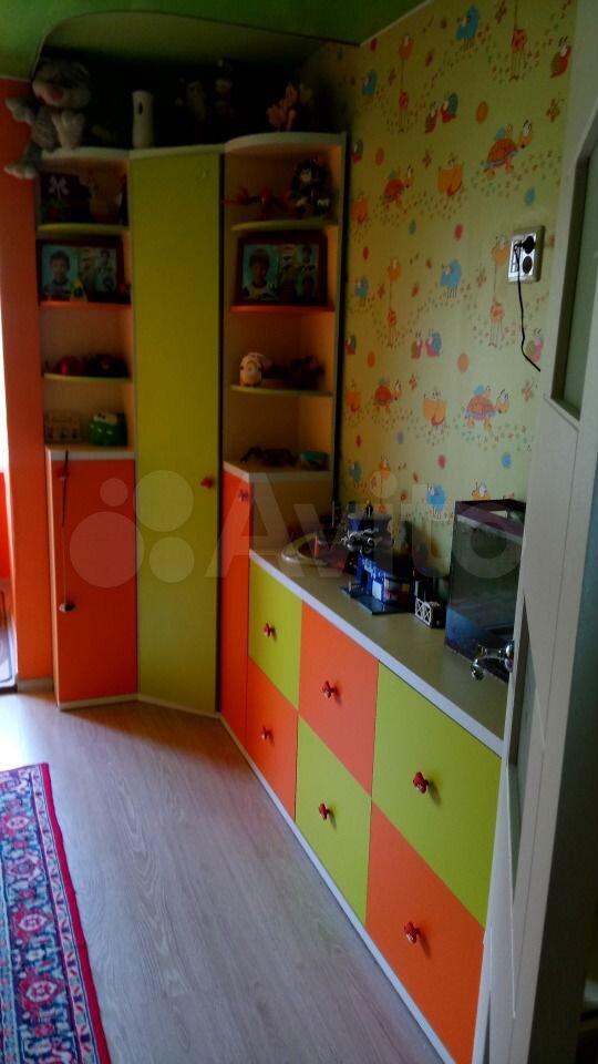 4-room apartment, 71 m2, 4/5 floor.  89536726415 buy 1
